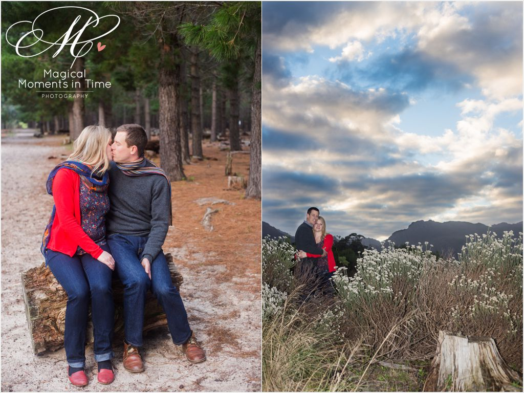 sunset engagement photograph with back of table mountain cape town